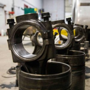 large-truck-pistons